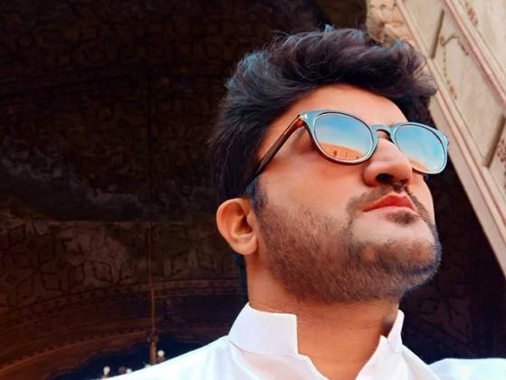 Pakistani Blogger and Vlogger